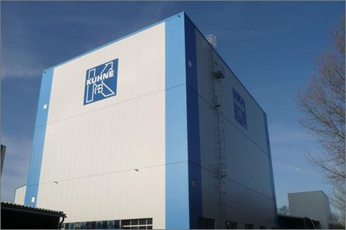 Überbauung Produktionshalle Kuhne Anlagenbau St. Augustin