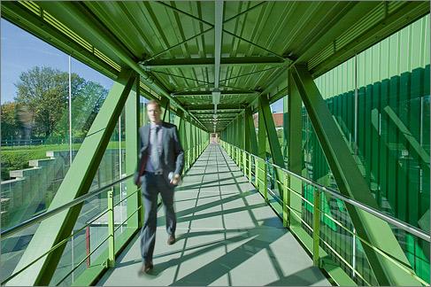 Stahlbau-Besucherbrücke und Besichtigungsgangways Krombacher Brauerei Krombach