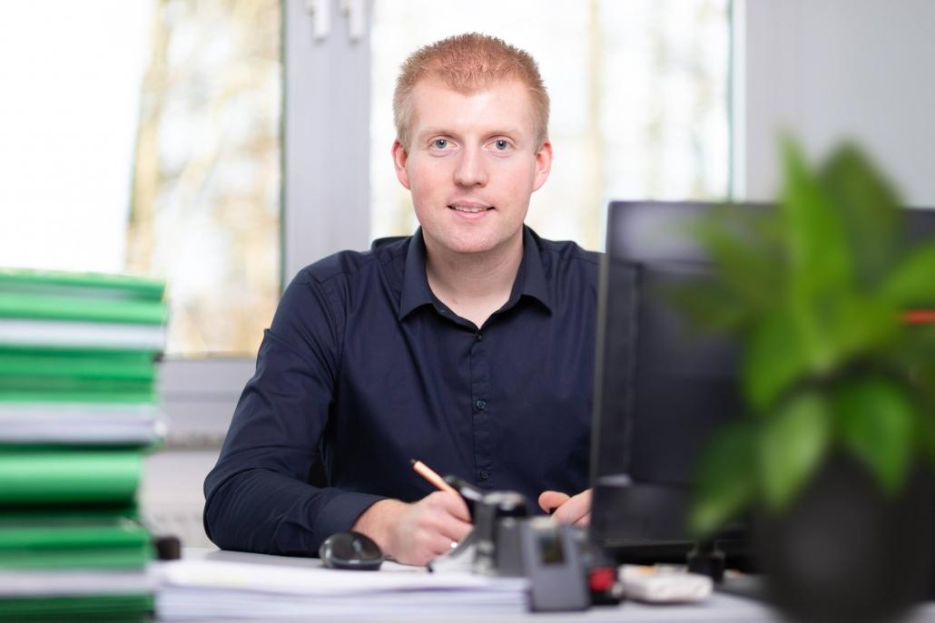 Industriemeister Sven Strothmann, Vertrieb