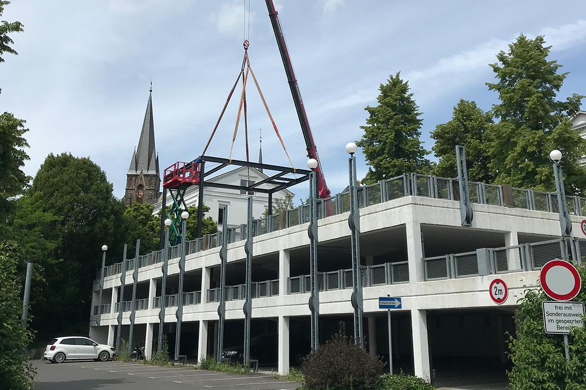 Vormontage der Stahlkonstruktion
